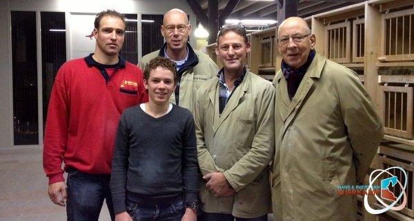 Winnaars jonge duif door insturen referentie in 2015