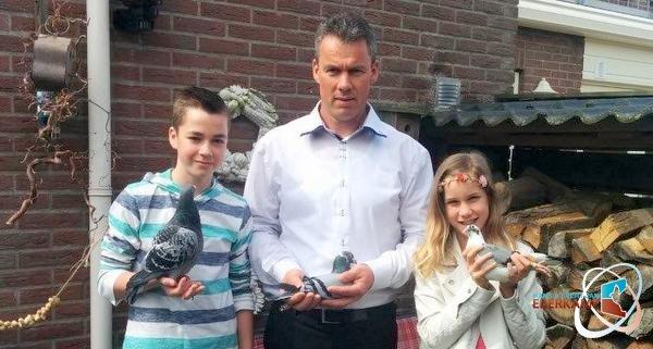 Maarten en Cornelis Hakvoort uit Urk hebben superkweker op het hok