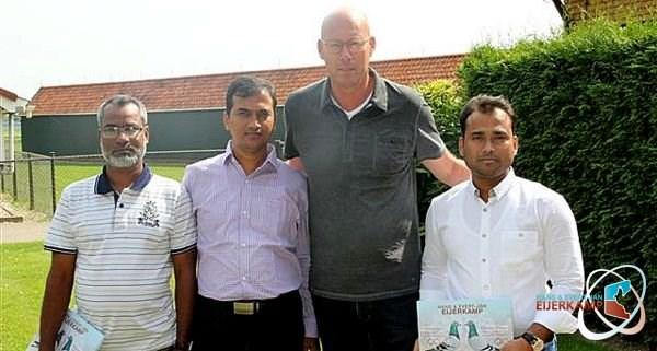 Mr. Rashel, Ahamed and Hossain from Dhaka (Bangladesh)