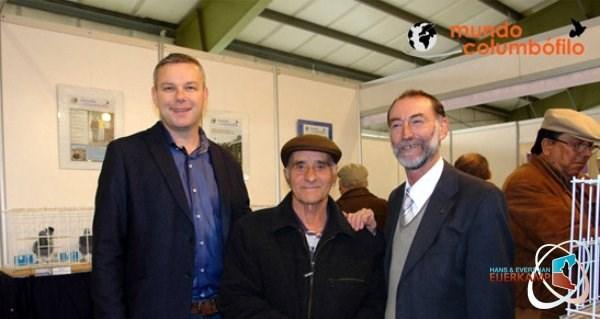 Henk Jurri�ns with Vitor Mendes Brito and Albertino Alfaiate