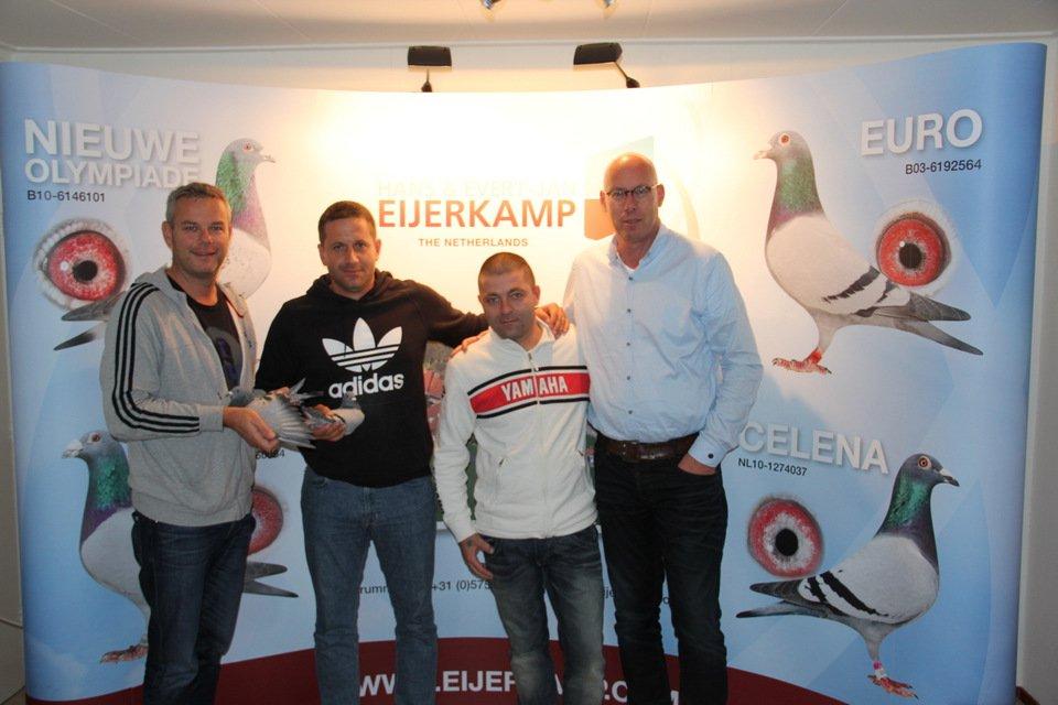 Petar-Radolovic visits Greenfield Stud