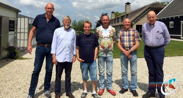Hans en Evert Jan halen versterking bij Gerard en Bas Verkerk